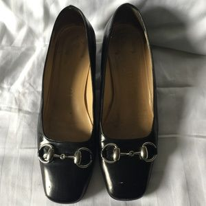 GUCCI Black Leather Low Heels w. Silver Horse bit